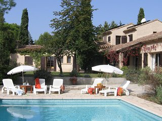 Mas La Cigaliere - Traditionally, in the vicinity of Pezenas house with private pool