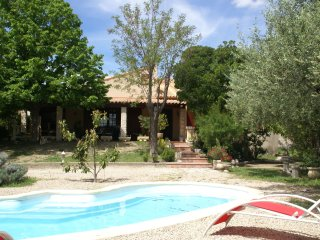 Villa Clarensac - Detached house with private pool in Clarensac near Nimes, Saint-Dionisy