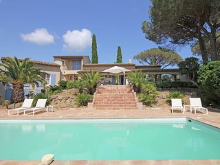 Domaine des Moulins - Luxury villa located 5 minutes from Saint-Tropez and the beaches of Pampelonne