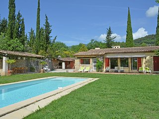 Villa Seyance - Air conditioned villa with heated private pool, play area