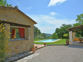 Villa Seyance - Air conditioned villa with heated private pool, play area superb view and garden
