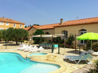 Porti Plage - Holiday home located in a beautiful surroundings with a view of the sea, Portiragnes