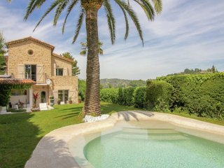 Peir o Vieio - Beautiful villa with private pool, located a short distance from