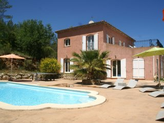 Villa  - Spacious villa with private pool, privacy and peaceful surroundings.