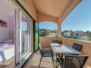 Holiday home Mirna - Holiday home with outdoor jacuzzi, just few steps from the