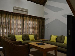LUXURY CHALET 8 SLEEPS