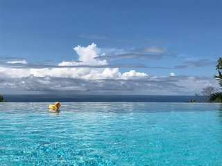 Montezuma Ocean View: Romantic, Relaxed Luxury
