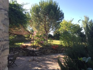 Self catering 'l'Amandier' charme et piscine