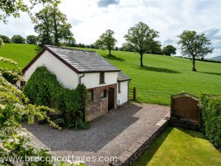 Clare's Cottage (CLARE)