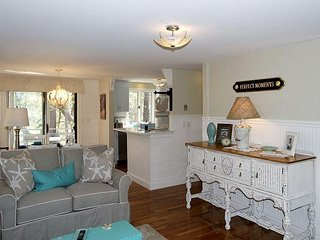 'Perfect Moments' - Newly remodeled 3BR on Swan Pond