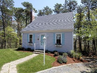 Perfect Moments- Newly remodeled 3BR on Swan Pond