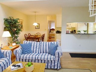 BEAUTIFULLY DESIGNED 2 BEDROOM PLUS LOFT , 2 BATH UNIT AT OCEAN EDGE RESORT