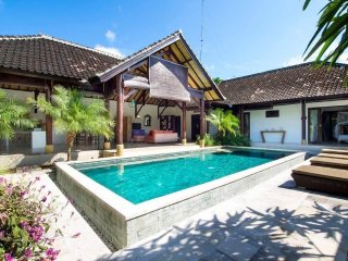 Amazing villa Kiro 2 bd on Balangan beach road