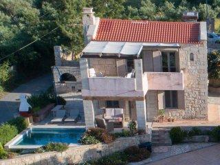 Stone Villa of 80sqm with Private Pool and Sea View - Erato Pantanassa villas