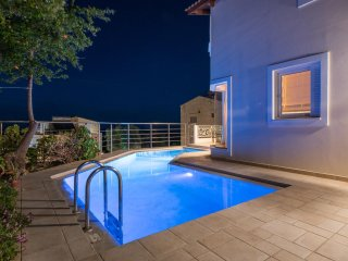 Pantanassa VIillas - Euterpe Beautiful Maisonette with Private Pool & Sea Views