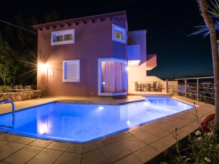 Maisonette 65sqrm with Private Pool and Sea Views -Terpsichore Pantanassa Villas