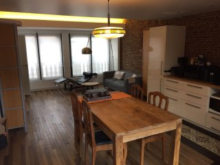 RELAX Antwerp Centre south - sunny apartment for 2 / Maravilloso piso para 2, Amberes