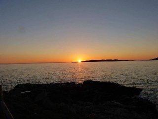 Tigh Chailein, Isle of Harris,  Sea Loch views, sleeps 2- 9