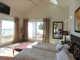Luxery duplex penthouse ,sea,golf with security beach   to the beach, security,s