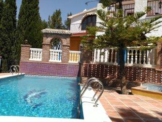 Conjunto Vacacional Al Andalus Casa Jardín