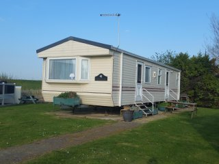 2 Bed 6 Berth Deluxe Holiday Home, DG, CH, Quite Location Haven Holidays KC25