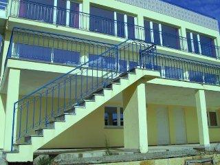 Nieuwbouw villa in Centraal Portugal voor acht personen