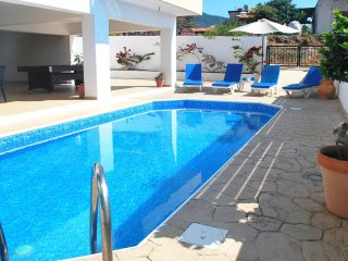 Villa ONLY 50m TO THE SEA, in an unspoiled area, sleeps 12, Polis, Paphos. OFFER, Pomos