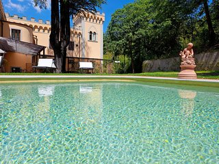 Villa Le Torri Apartment Iris, swimming pool, Chianti, 15 min from Florence
