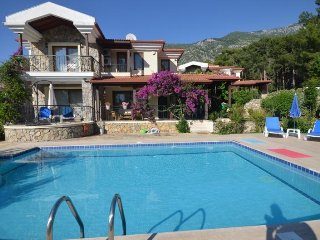 3 Bed Detached Large Villa in Oludeniz