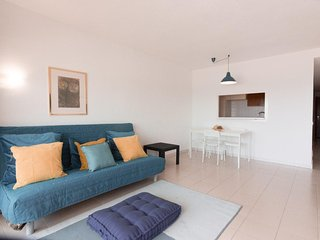 Nice sea view flat in  Wave House Resort Best location in Magaluf