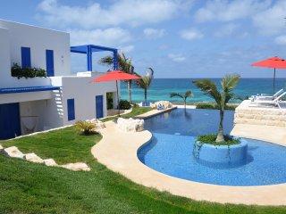 Oceanfront Villa!  Casa Yaax Juul Kin.