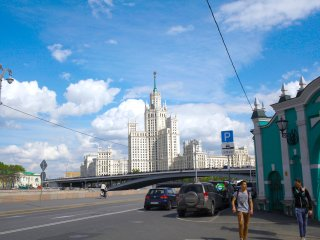 Authentic flat in historical center near the Kremlin