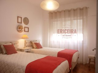 ERICEIRA at home . CORAL room