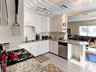 3BR w/ Outdoor Living Amenities – Minutes to Beach & Downtown St. Pete