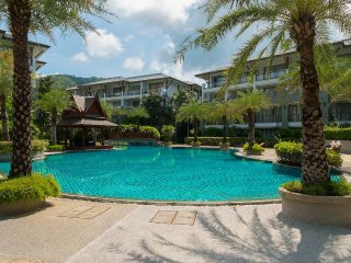 Naithon Beach Apartment 3BR