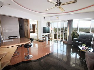 Galae Thong Tower - 2 bed condo nice view over River