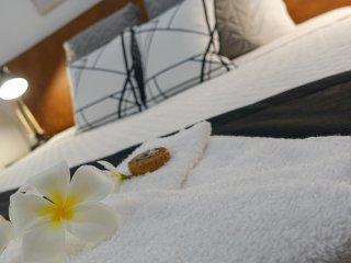 Blue Summit Hideaway - 2 Bedroom Spa Villa, Yungaburra