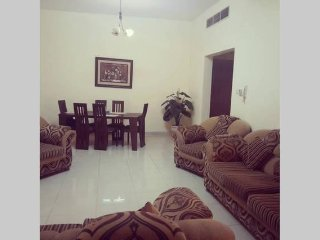 Cheap & Huge Room for Short Term Stay