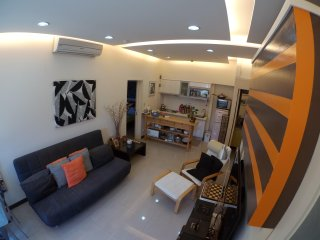 Clean modern apartment for 2 people in northern Taipei