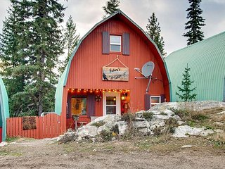 Natures A Lure a Newly Refurbished A Frame Cottage at Idabel Lake Resort