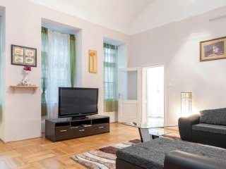 LOCATION! 2-rooms apart in the heart of Budapest!
