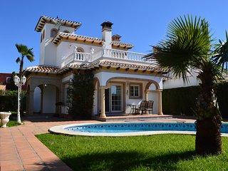Villa by the Beach - Playa Flamenca