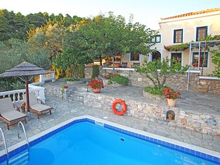 Skopelos Cottage with pool