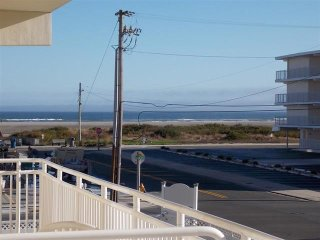 Shore to Please! 1 Block to Beach, Pool, Boardwalk! Ocean Views!