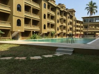 Well-appointed 2 BHK with a pool, in proximity to Morjim Beach