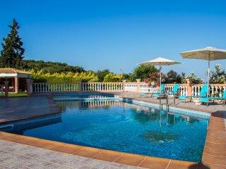 Roula 5BR Seaview Villa, Sternes Chania