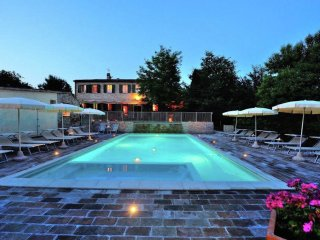 Villa Gianna - Farmhouse with swimming pool, lovely place for a family holiday
