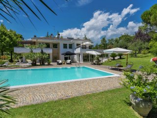 Villa Milla - Luxury and stylish villa, private pool, 3 km from the sea