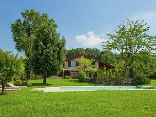 Villa Carpaneto - Villa with private swimming pool, spacious garden and breathtaking view