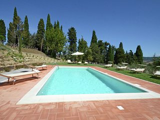 Villa San Casciano - Magnificent villa with swimming pool surrounded by nature